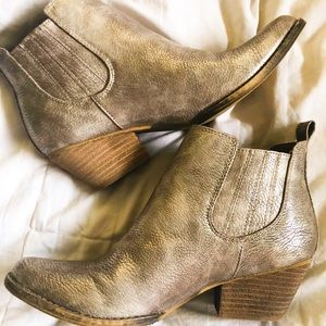 Brand new metallic cowboy booties